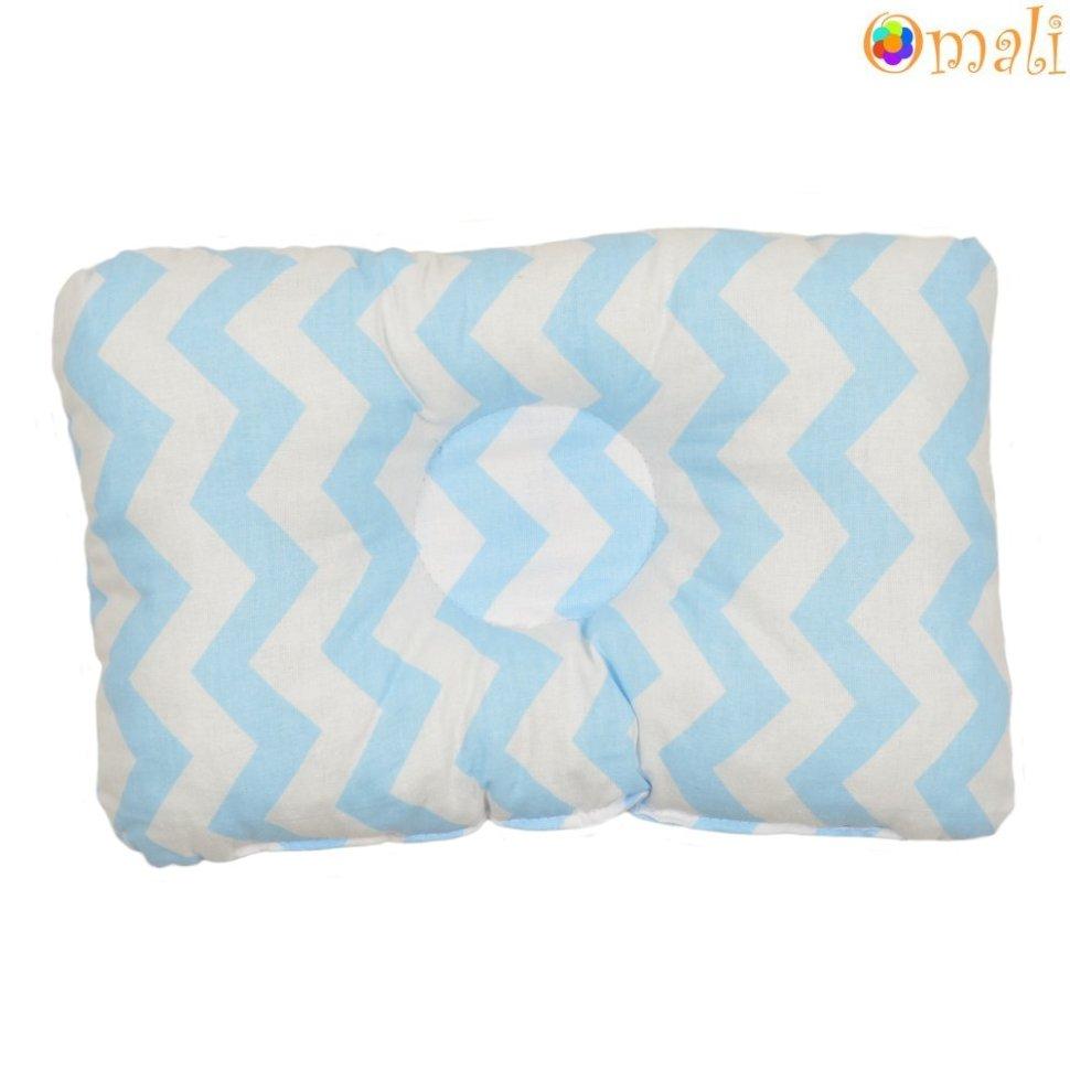 Бело-голубая подушка